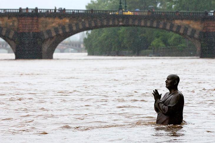 Что произошло 7 июля? Разрушительное наводнение в Чехии и Польше
