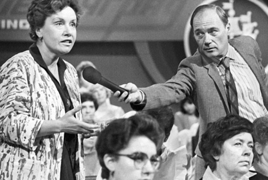 """Что произошло 17 июля? 17 июля 1986 года во время телемоста Ленинград—Бостон прозвучала легендарная фраза """"В СССР секса нет…"""""""