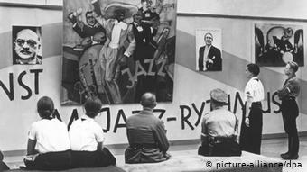Что произошло 19 июля? 19 июля 1937 года в Мюнхене была открыта для посетителей выставка «Дегенеративное искусство».