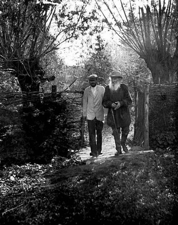 Тигр Тигрович в тени великого Льва. 1 июня 1869 года родился третий сын Льва Толстого, пытавшийся затмить творчество отца