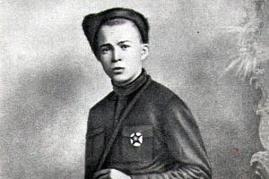 Аркадий Гайдар. Два в одном: жестокий каратель и детский писатель